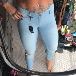 NWT Hollister Low Rise Jean Legging